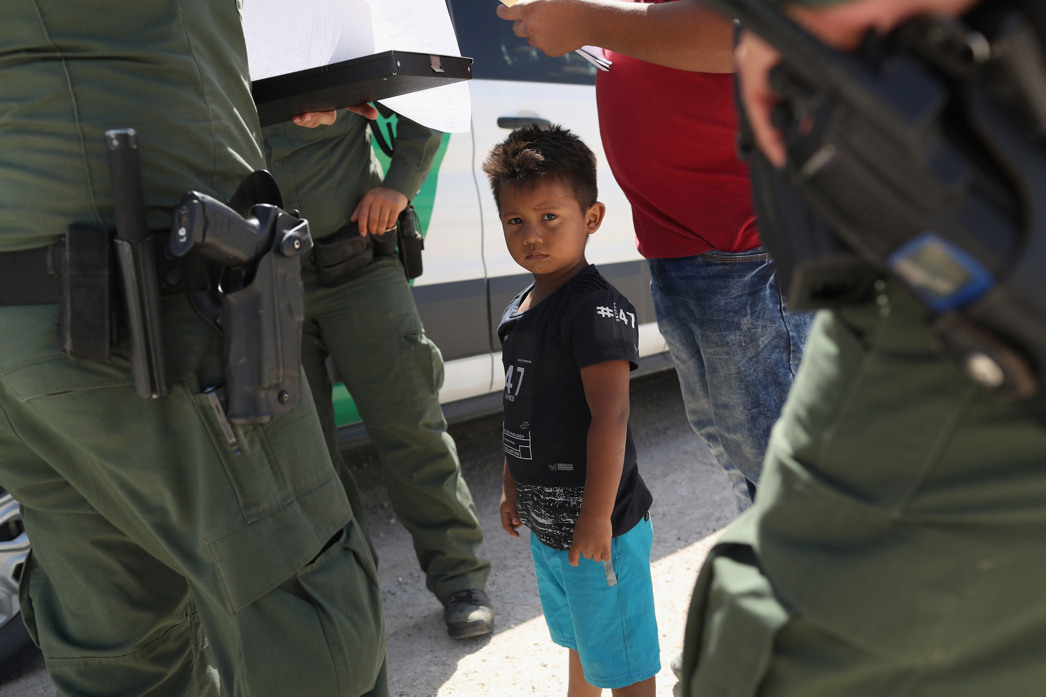 Phone Call From Your Girl Wallpaper Fight Intensifies Over Trump S Family Separation Policy