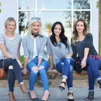 4 Ways To Style Jeans & A T-Shirt