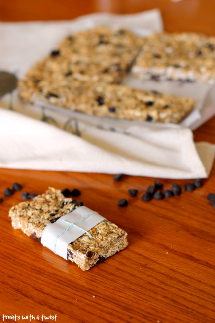 Dark Chocolate Cherry Granola Bars (treatswithatwist.com)