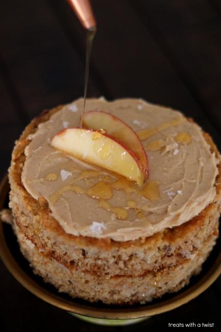 Honey Apple Cake (treatswithatwist.com)
