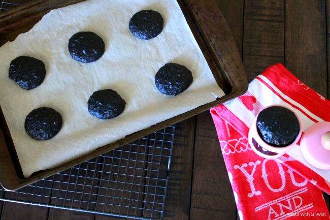 Flourless Double Chocolate Chewy Cookies 4