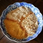 Three Grain Porridge Blend // treatswithatwist.com