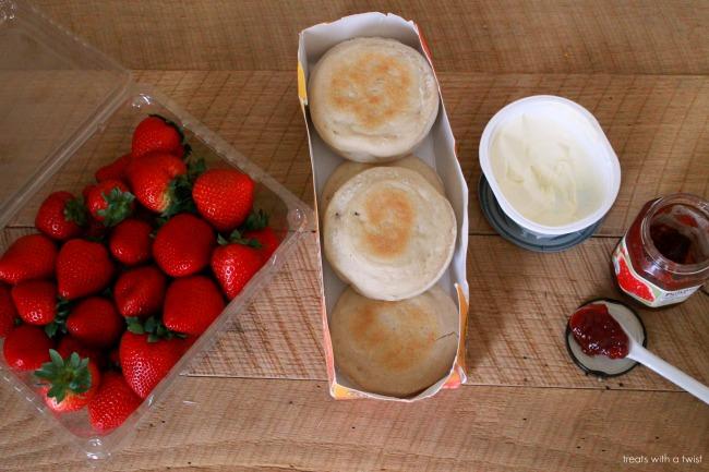 strawberry stuffed french toast 1