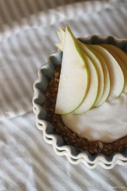 Raw Cardamom Cream Pear Tart with Salty Date Caramel - Treats With a ...