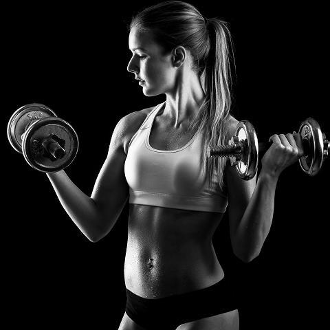 15 viikon tehokiinteytys jakso toteutetaan aerobisen yhdistelmäharjoittelun menetelmin