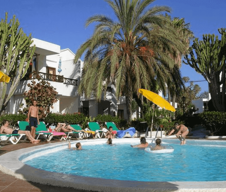 cheap holiday to Lanzarote