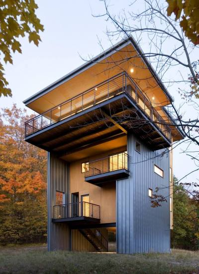 4-Storey Tall House Reaches Above the Forest to See the Lake | Modern House Designs