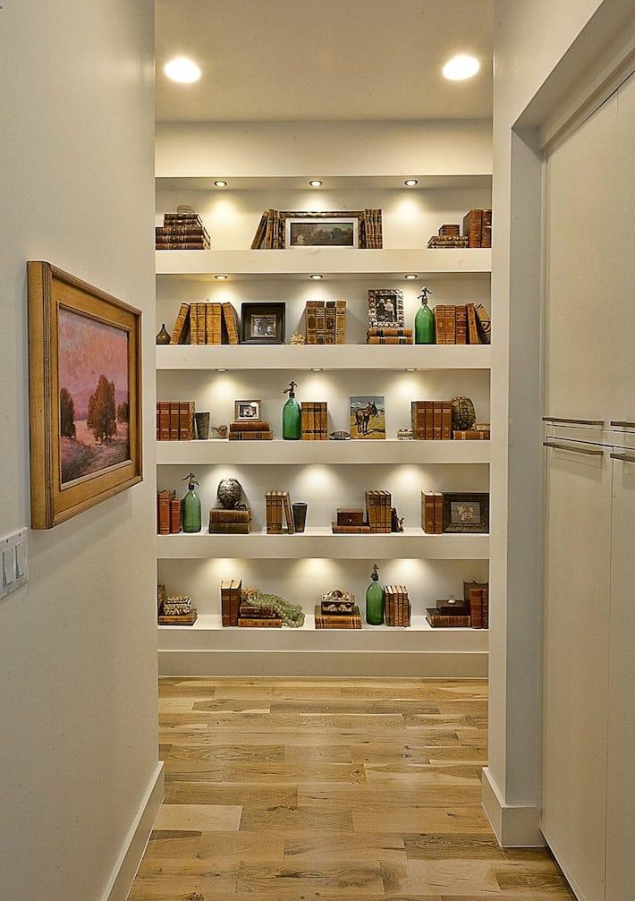 Elegant Suburban House With Exposed Interior Wood Beams