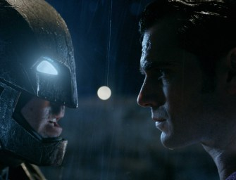 New 3-Minute Long Batman v. Superman Trailer is Epic