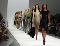 New Law Bans Super-Thin Models in France