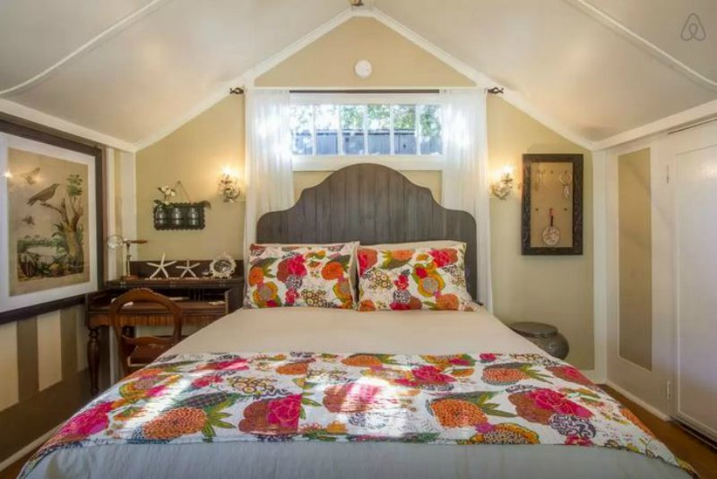 Authors you can stay in john steinbeck 39 s cottage - The writers cottage inspiration by design ...