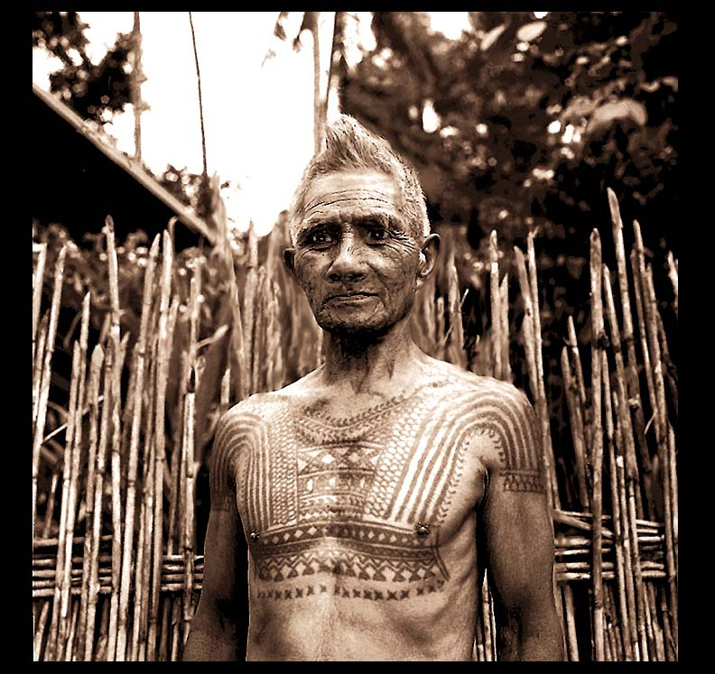 KALINGA TRIBE HEAD HUNTER WARRIOR PHILIPPINES DAVID HOWARD