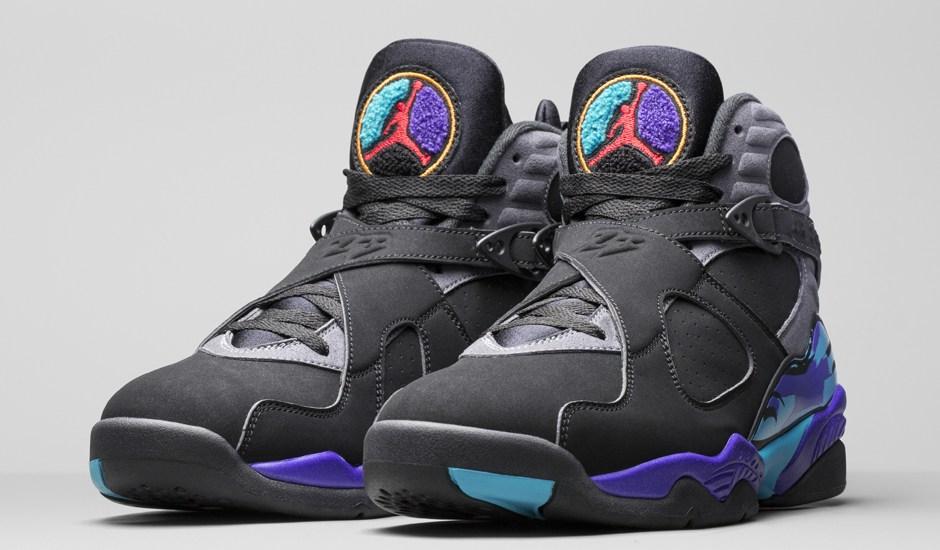 """In-Hand Sneaker Review: Jordan 8 Retro """"Aqua"""" (Video)"""