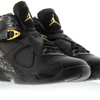 Sneaker Review: Jordan 8 Confetti with International O