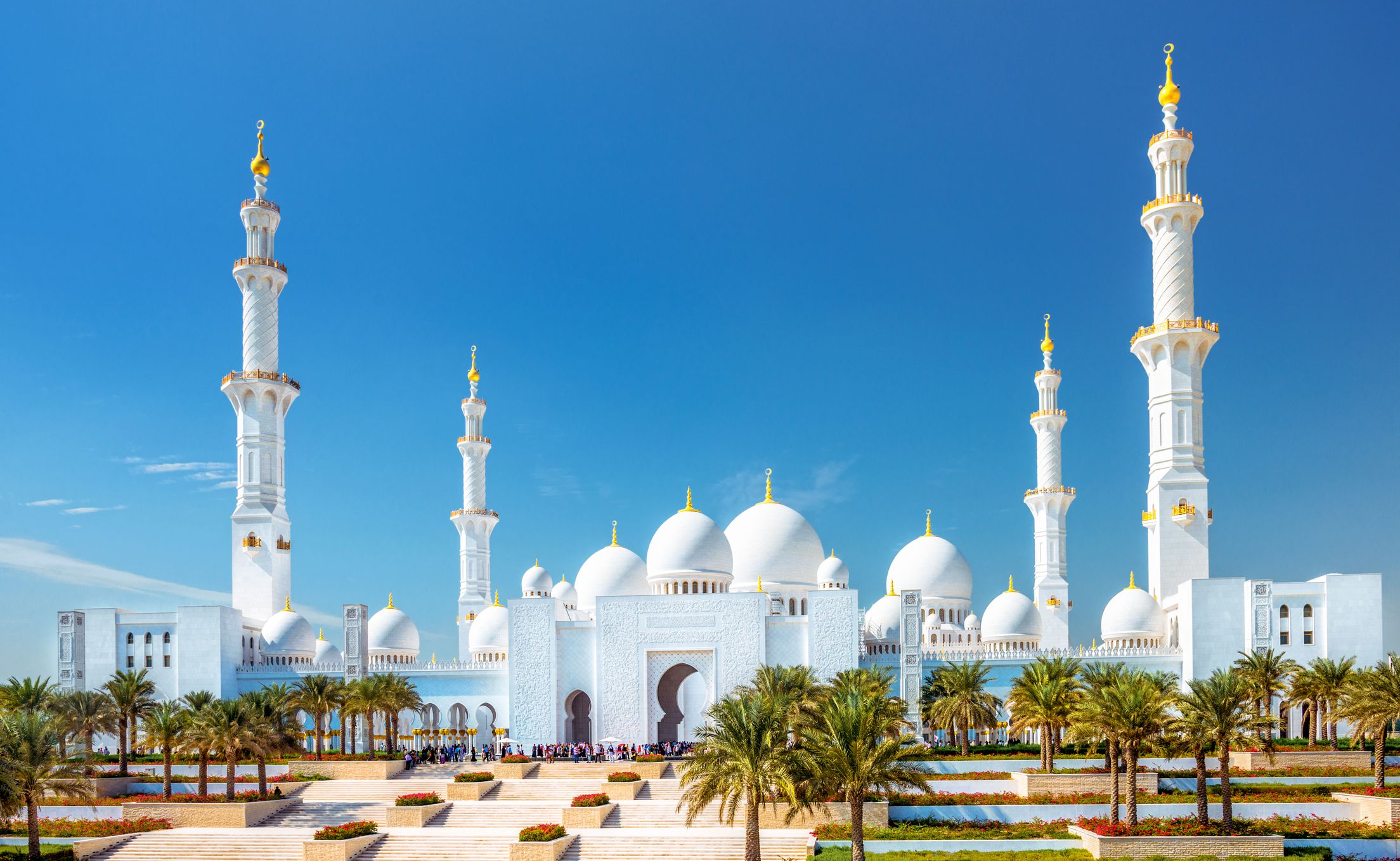 Car In Desert Hd Wallpaper Sheikh Zayed Grand Mosque The Complete Guide