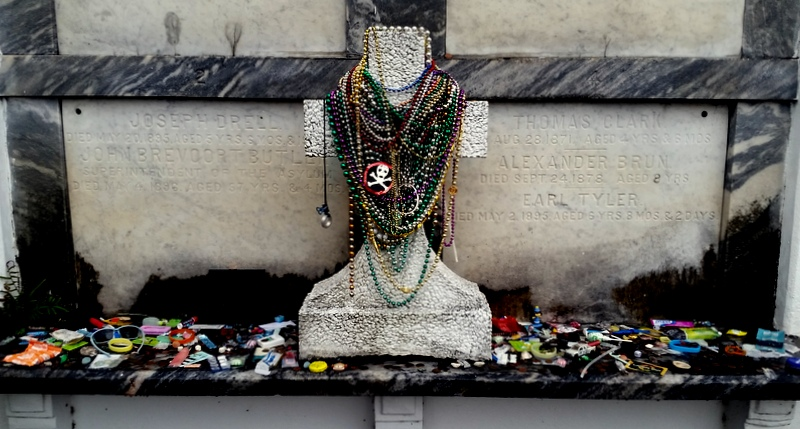 New Orleans cemetary, the Lafayette No. 1, is the oldest in the city.