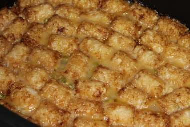tater tot casserole in slow cooker