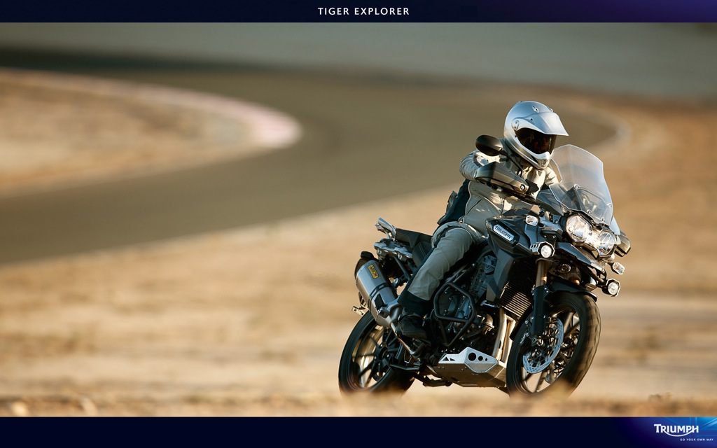 triumph_Tiger_Explorer_1200_08