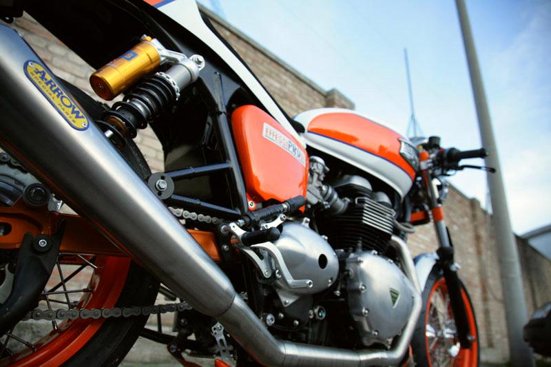 Triumph Thruxton by De Caesar Race Components 03