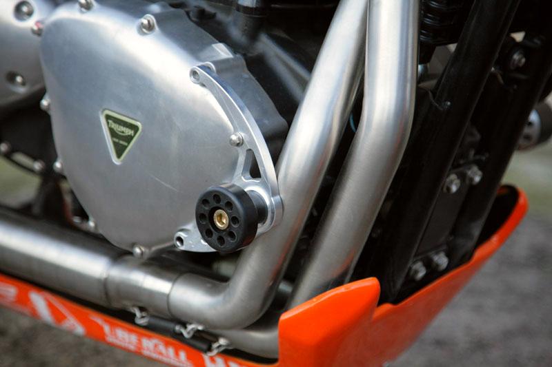 Triumph Thruxton by De Caesar Race Components 08
