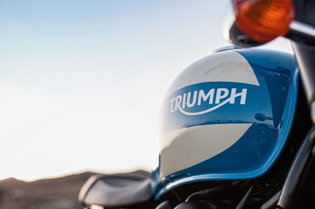 2015_Triumph_Spirit_04