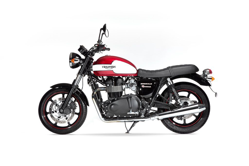 LD - Triumph - Bonneville Newchurch - 1020