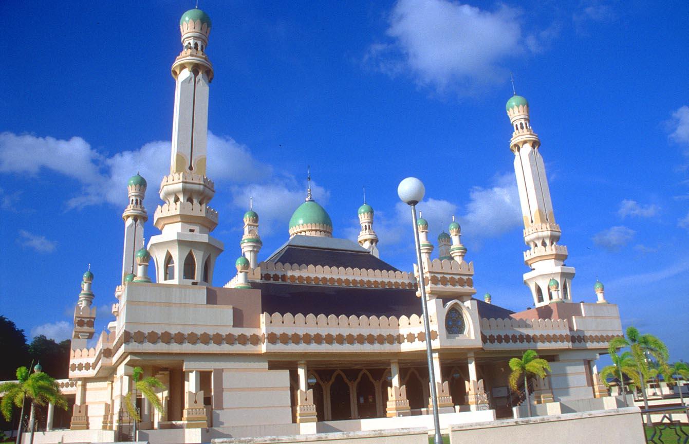 Haji Ali Hd Wallpaper Brunei Darussalam Travel Pictures Bandar Seri Begawan