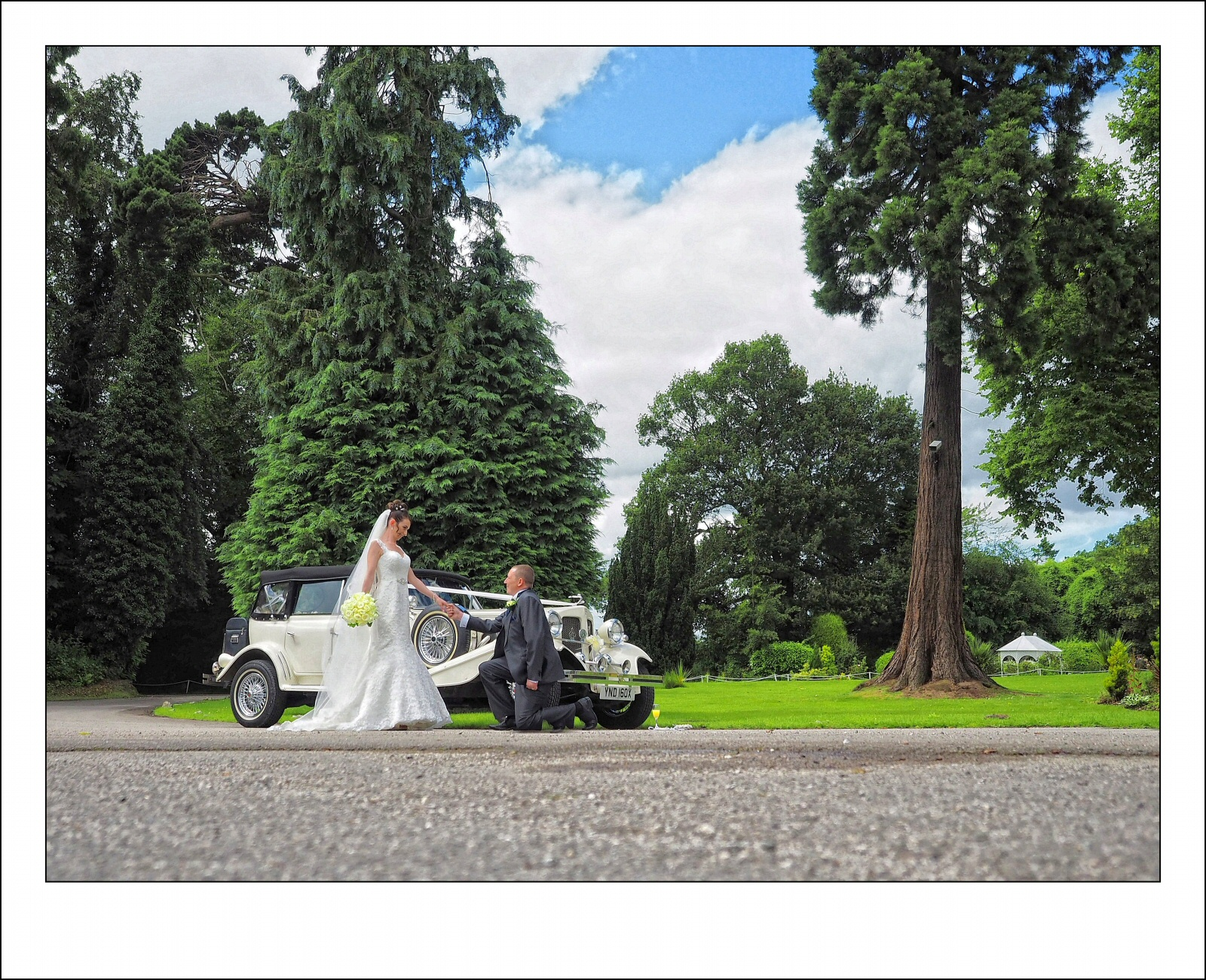 weddings at Highfield Hall wedding photography