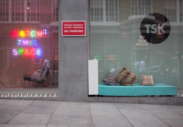 Homeless Spikes_2