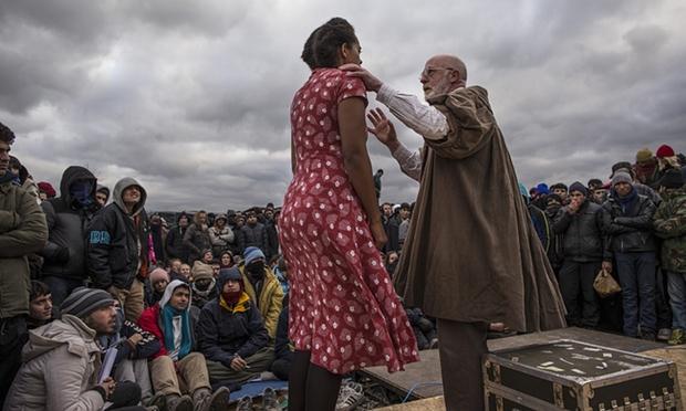 Globe-Theatre-Refugees
