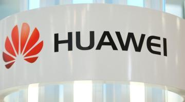 Huawei grimpe au rang N° 72