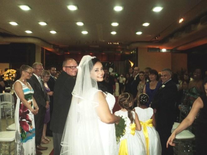 foto da saida da noiva Monica e seu marido Henrik, Clube da Aeronautica,23.11.14