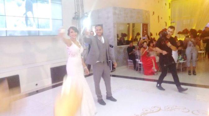 Celebrando cerimônia de casamento em Espaço 277 – N.Iguaçu – RJ