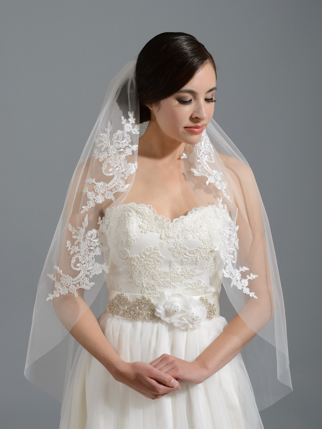 Ivory elbow wedding veil Vn alencon lace p wedding veils