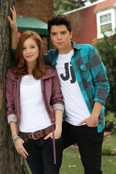 Stacey Farber and Michael Seater are newly weds is Jessie Hill and Tom Bellow