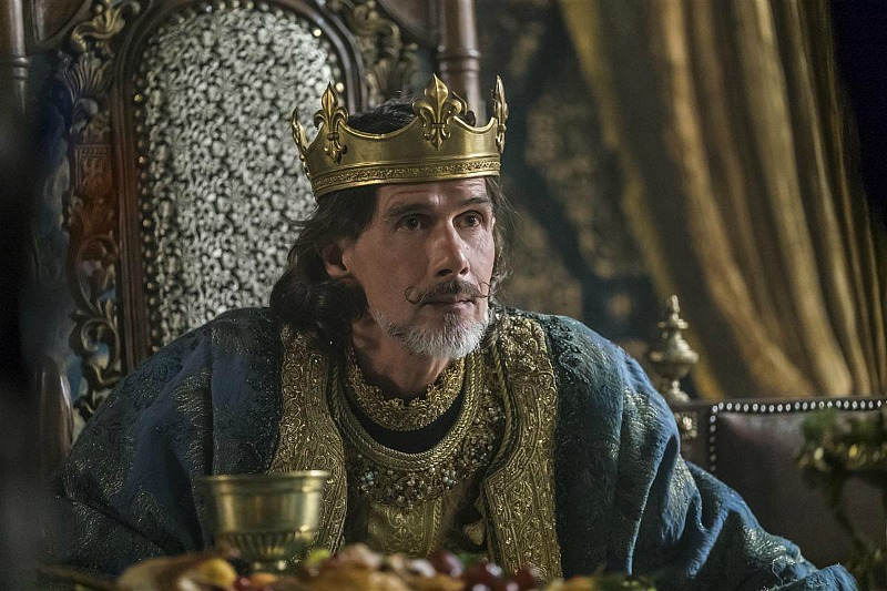 Lothaire Bluteau as Emperor Charles