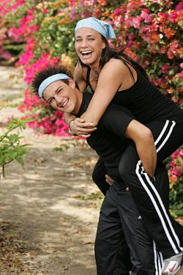 THE AMAZING RACE 12 on CBS - Teammates Ari Bonias (front) and Staella Gianakakos (back).