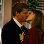 "BONES - David Boreanaz as Booth and Emily Deschanel as Brennan ""The Santa in the Slush"""