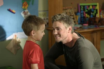 "ONE TREE HILL - Jackson Brundage as Jamie and Chad Michael Murray as Lucas in ""4 Years, 6 Months, 2 Days"""