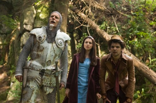 Matt Frewer as The White Knight, Caterina Scorsone as Alice Hamilton, Andrew Lee Potts as The Hatter in Alice
