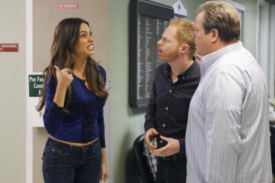 "Modern Family Season Finale 2012 ""Baby on Board"" Season 3 Episode 24 (6)"