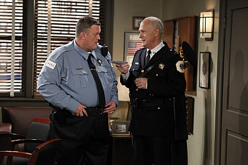Mike & Molly Season 3 Episode 5 Mike's Boss (3)