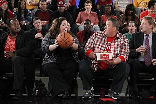 Mike & Molly Season 3 Episode 5 Mike's Boss (2)