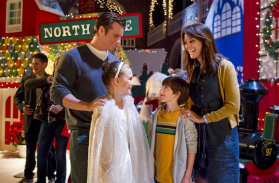 Help for the Holidays (Hallmark) (5)