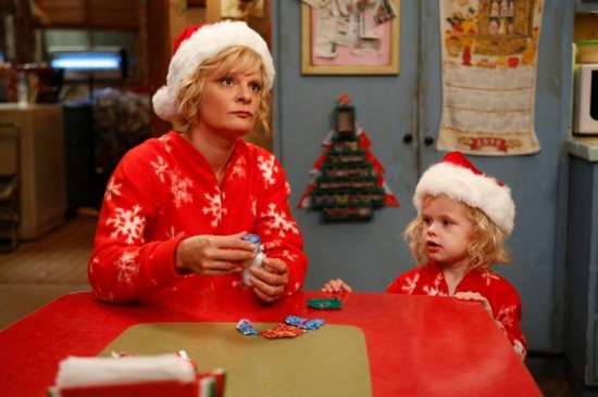 Raising Hope Season 3 Episode 10 The Last Christmas (4)
