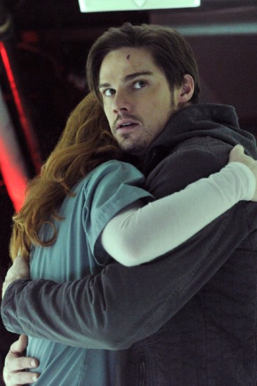 Beauty and The Beast (CW) Episode 10 Seeing Red (3)