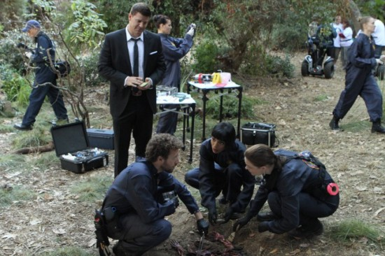 Bones Season 8 Episode 13 The Twist in the Plot (4)