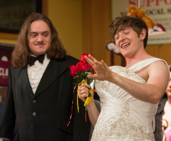 Raising Hope Season 3 Episode 13 What Happens at Howdy's Doesn't Stay at Howdy's (3)