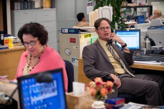 The Office Season 9 Episode 11 Suit Warehouse (4)