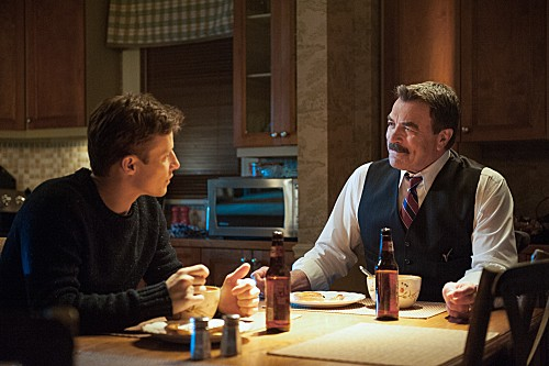 Blue Bloods Season 3 Episode 14 Men in Black (2)